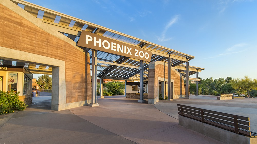 Closest all-suite hotel to PHX sky harbor airport with free airport transportation. Conveniently located just over 1 mile from Phoenix Sky Harbor Airport, and within minutes from the Metro Light Rail, downtown Phoenix, Tempe and Scottsdale.